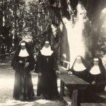 Od kdaj so nune na slovenskih tleh? Redovna obleka?