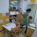 Otroci pečejo grisine